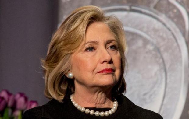 Предпосылкой недавнего обморока Клинтон могло быть отравление— Известный судмедэксперт