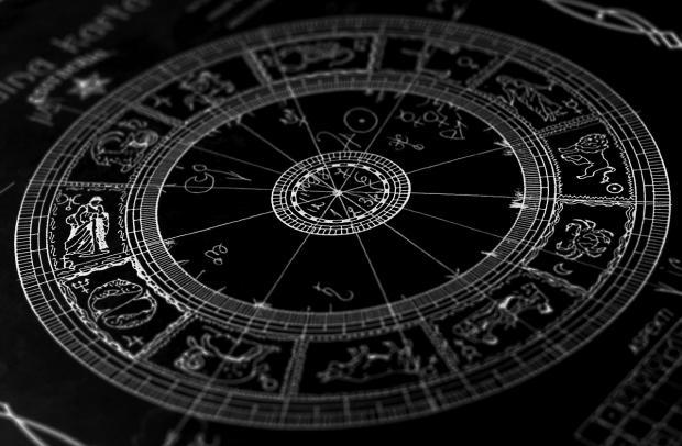 Ученые NASA изменили даты знаков зодиака идобавили Змееносца