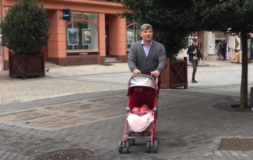Сбежавшего экс-мэра Луганска «засекли» вКарловых Варах— Нашелся папочка