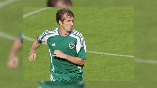 Прежний футболист ЦСКА умер вДТП наМичуринском проспекте