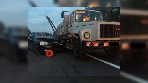 ВоЛьвовской области Шевроле убил дорожного рабочего