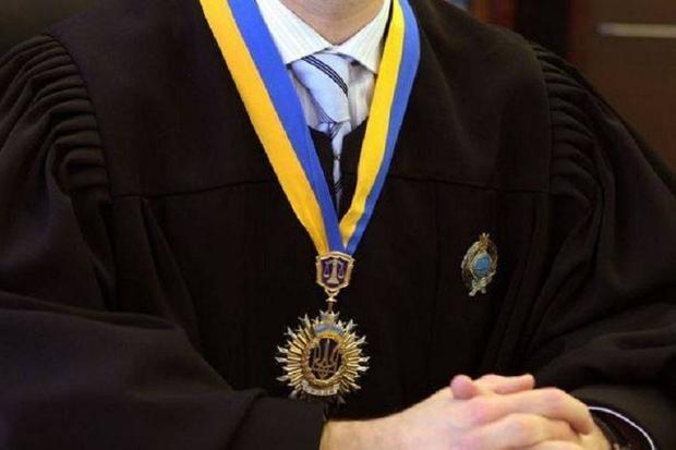 Верховная рада уволила судью, отпустившую командира спецроты «Беркута»