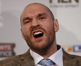 Британского боксера Тайсона Фьюри лишили лицензии