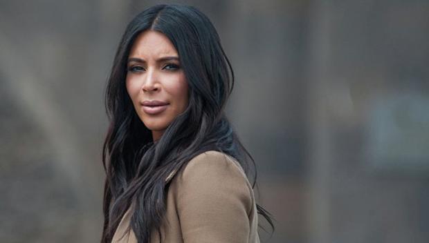 Ким Кардашьян ограбили впарижском отеле