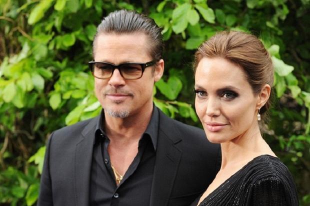 Джоли идет напримирение сЭнистон, чтобы засудить Питта