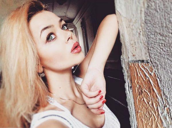 Алина Гросу обнародовала провокационный снимок вкровати