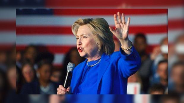 Опрос: перед третьими дебатами Клинтон опережает Трампа нашесть пунктов