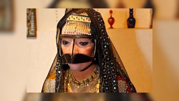 Гражданин  ОАЭ впервый раз  увидел супругу  без косметики иподал наразвод