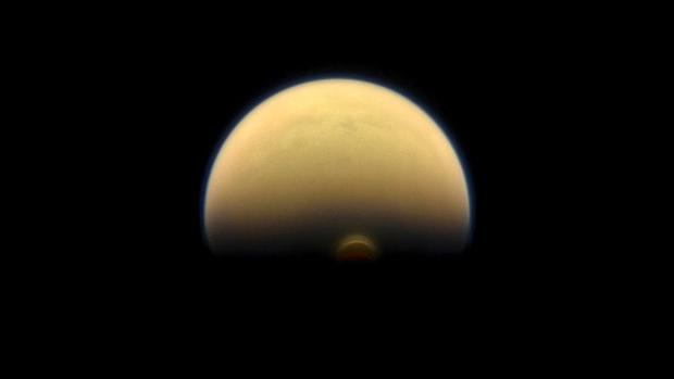 Зима наТитане: NASA обнародовала интересные фото