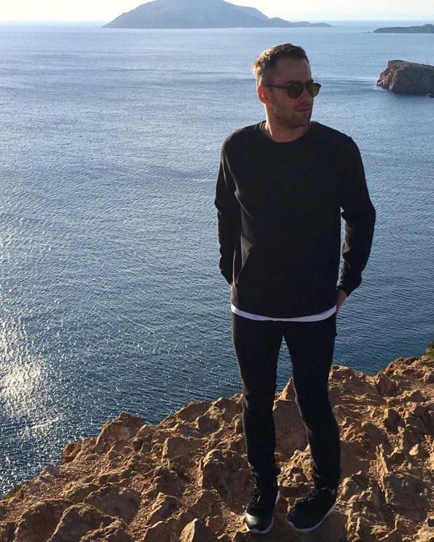Дмитрий Шепелев отдыхает ссыном вГреции