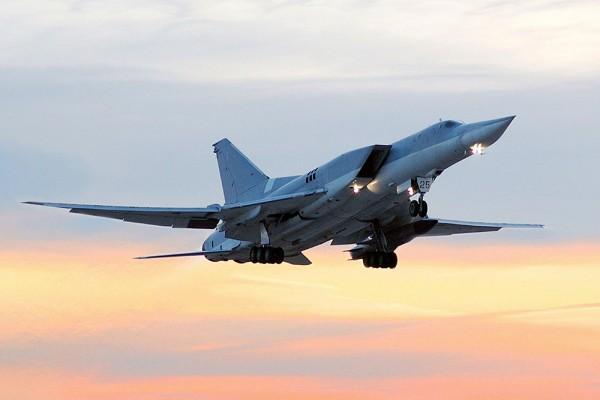 При авиаударе пошколе вСирии погибли неменее 20 человек