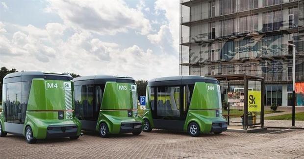 1-ый беспилотный автобус представили в«Сколково»