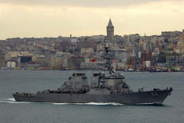 Американский эсминец покинул акваторию Черного моря преждевременно