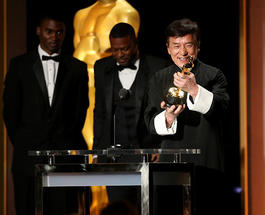 Джеки Чан неожиданно для себя получил почетный «Оскар»