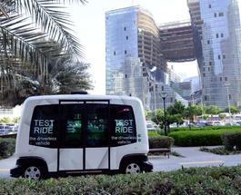 В Дубае начали тестировать беспилотные маршрутки