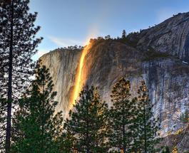 Снимки туристов: Калифорнийский огненный водопад