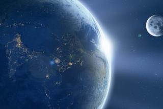 Суперлуние 2016: в ночь на понедельник человечество увидит Луну рекордных размеров
