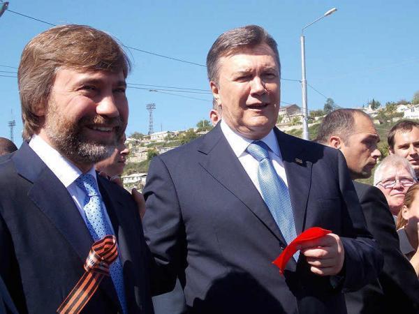 После анонса оснятии неприкосновенности народный депутат Новинский моментально покинул государство Украину