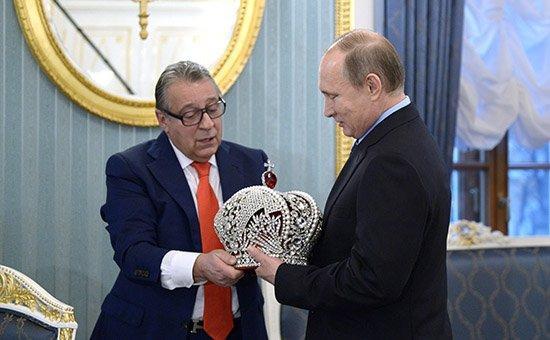 ВКремле ответили наидею укоротить президентский возраст Путину