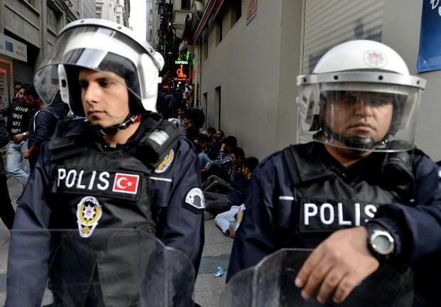 Около консульства Российской Федерации вСтамбуле открыли стрельбу