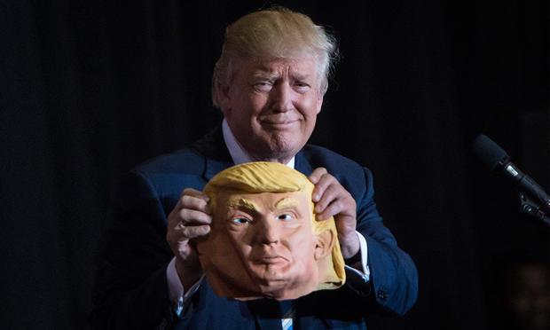 Член почетный: Трампа записали вряды петербургских казаков