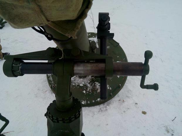 Солдатам вАТО привезли «Молоты» сприцелами 1938 года— Металлолом вместо оружия