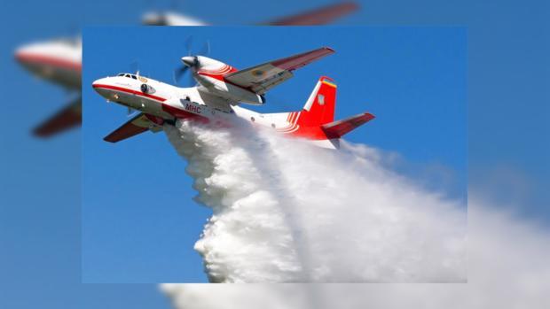 Самолеты ГСЧС Украины гасят лесные пожары вИзраиле