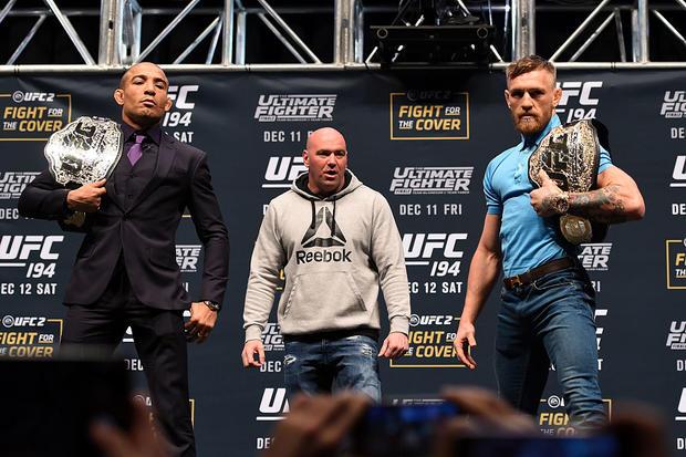 Макгрегора лишили чемпионского титула UFC вполулёгком весе