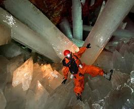Снимки туристов: гигантские кристаллы в Мексике