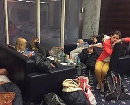 Весёлый Новый год: десятки украинских туристов третьи сутки не могут вылететь из ОАЭ в Украину