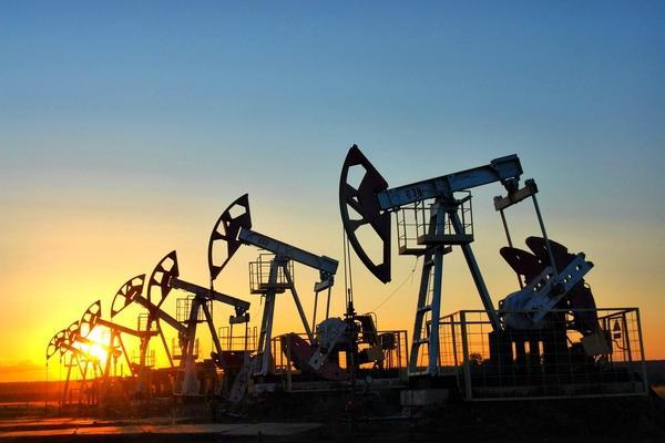 Мировые цены нанефть перешли кросту