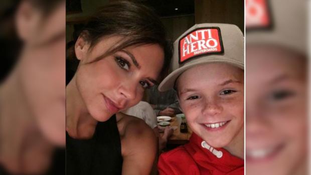 Младший сын Дэвида и Виктории Бекхэм Круз завел особенный аккаунт в Instagram