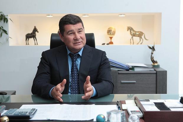 Интерпол отказал Украине врозыске депутата Онищенко— юрист