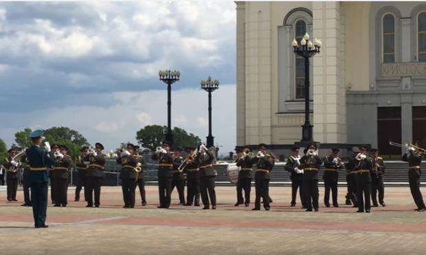Оркестру нацгвардии запретили играть «Лабутены» из-за жалоб православных активистов вНовосибирске