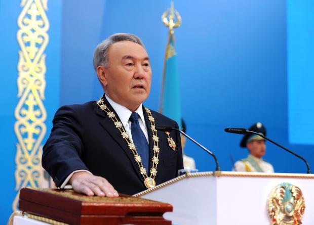 Назарбаев объявил онеобходимости перераспределения функций между президентом ипарламентом
