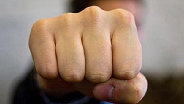 Наизбирательном участке вНиколаевке под Славянском подрались корреспонденты