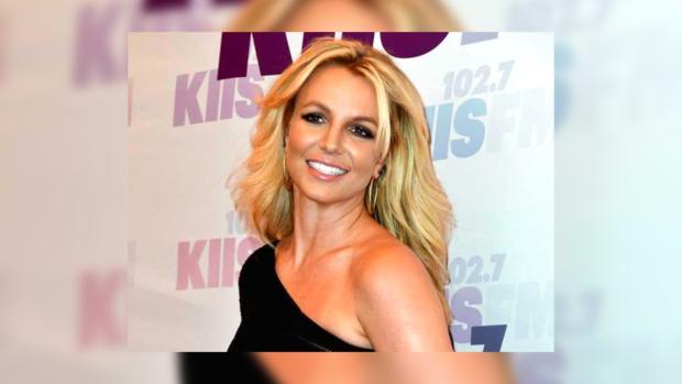 Бритни Спирс перестала утаивать отношения смолодым любовником