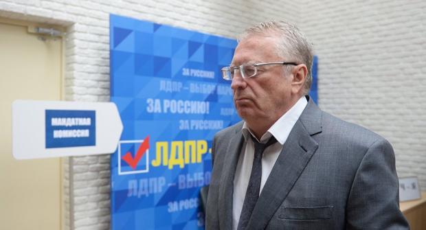 Путин объявил онеобходимости упрощения получения гражданства бывшими соотечественниками