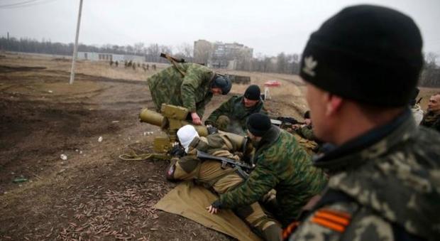 Боевики обстреляли группу рыбаков около УглегорскойТС: есть пострадавшие