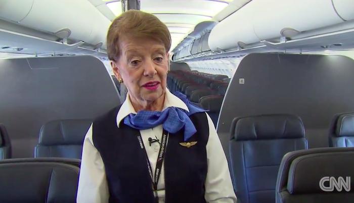 Самая старая стюардесса вмире показала собственный рабочий день