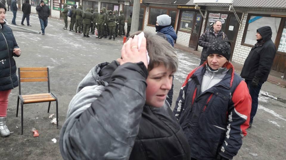 Титушек, громивших МАФы наХарьковском, избили исдали вполицию