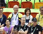 Но чемпионом по количеству фотожаб стал король Швеции Карл Густав. Его фото во время посещения Олимпиады дважды становилось поводом для фотошоп-битв.