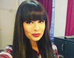 Пухлогубая брюнетка Нелли Ермолаева делает успешную карьеру певицы и модели.