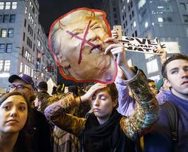 Америка восстала против Трампа накануне инаугурации: начались бои с полицией