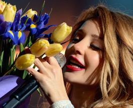 Тина Кароль получила звание Народной артистки Украины: певицу наградил сам президент