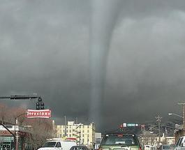 Торнадо в США: опубликованы фото, что оставил смерч после себя