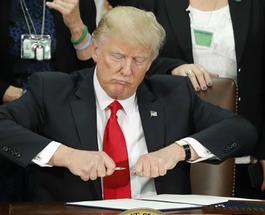 Фотожабы на Трампа: на западе соцсети высмеяли нового президента США