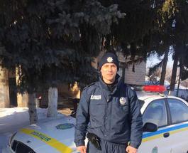 От новой полиции не убежишь: черниговский коп поймал вора, пробежав 5 километров босиком по снегу