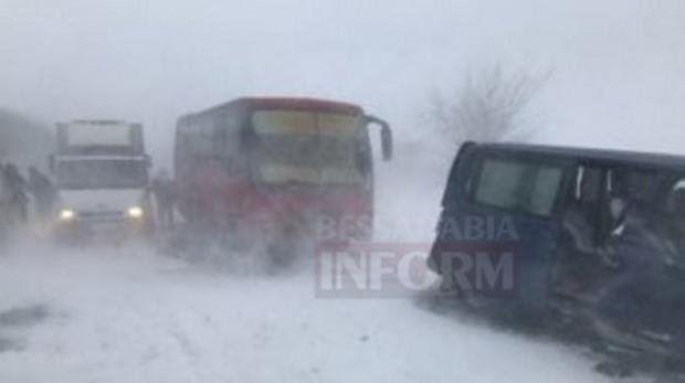 ВОдесской обл. из-за непогоды обесточены 27 населенных пунктов