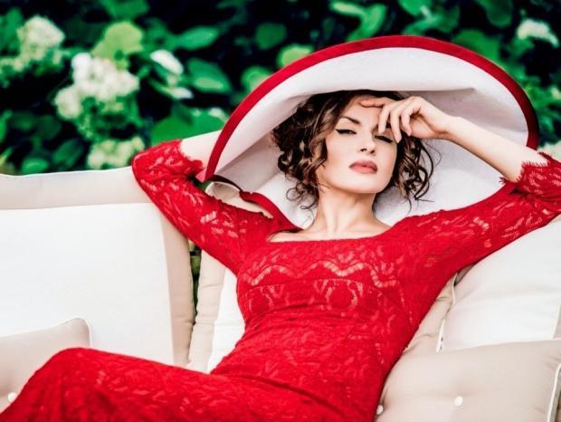 Надежда Мейхер, которая гастролирует поУкраине, открыла магазин вСочи